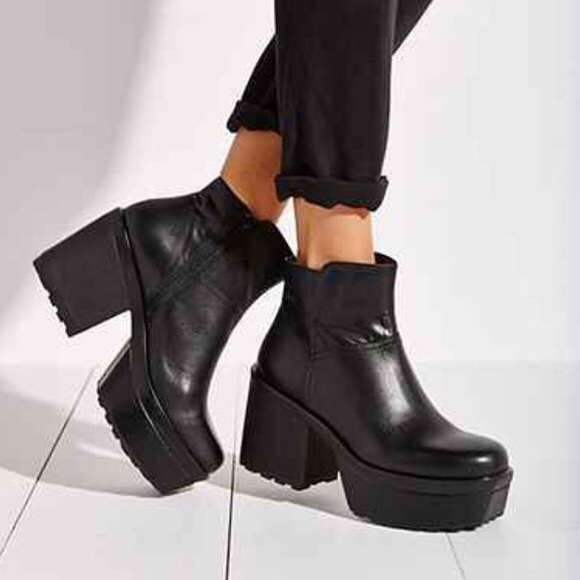 Vagabond Norah Platform Boots